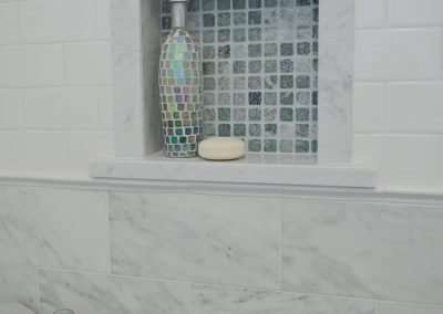 square-shower-niche-in-blue-marble